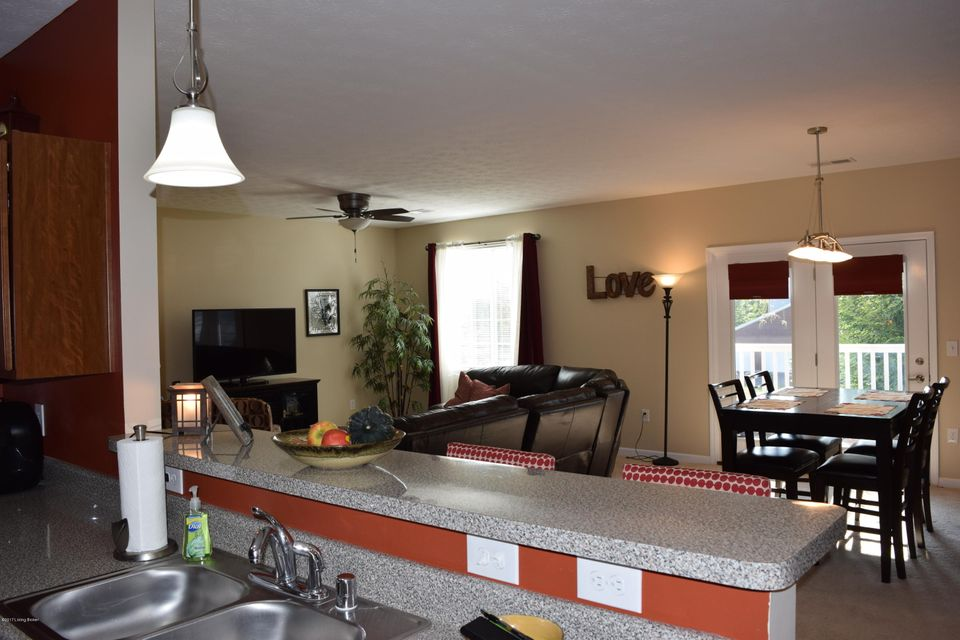 Additional photo for property listing at 2601 Bradford Commons Drive 2601 Bradford Commons Drive Louisville, Kentucky 40299 United States