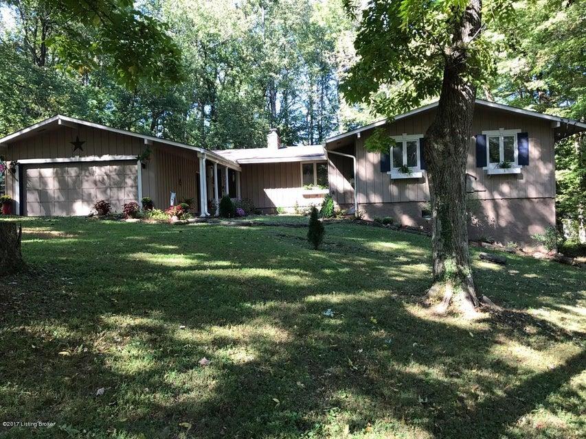 Single Family Home for Sale at 5311 Barkwood Drive 5311 Barkwood Drive La Grange, Kentucky 40031 United States