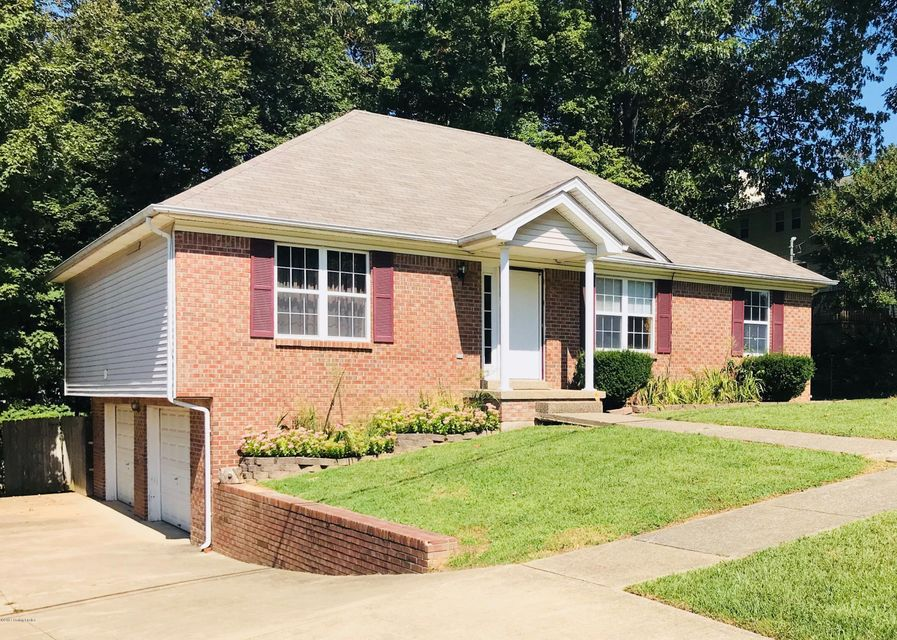 Single Family Home for Sale at 102 Masters Street 102 Masters Street Radcliff, Kentucky 40160 United States