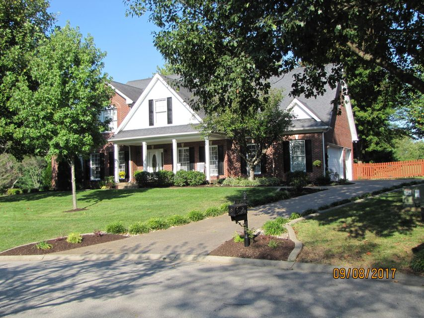 Single Family Home for Sale at 2302 Winterhaven Court 2302 Winterhaven Court Prospect, Kentucky 40059 United States