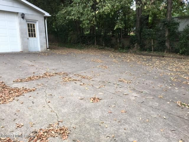 Additional photo for property listing at 4108 Lee Avenue 4108 Lee Avenue Louisville, Kentucky 40213 United States