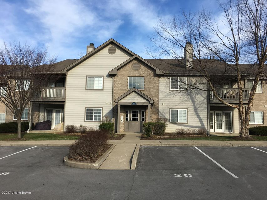 Single Family Home for Rent at 1205 Winter Springs Court 1205 Winter Springs Court Louisville, Kentucky 40243 United States