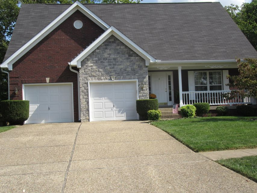 Single Family Home for Sale at 5519 Pavilion Way 5519 Pavilion Way Louisville, Kentucky 40291 United States