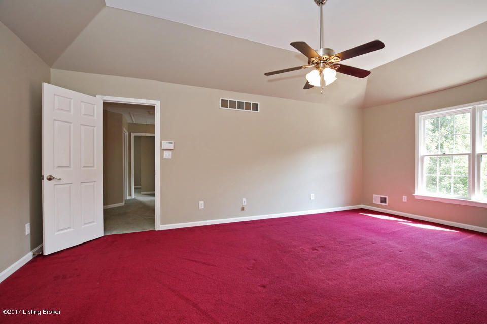 Additional photo for property listing at 3312 Hardwood Forest Drive 3312 Hardwood Forest Drive Louisville, Kentucky 40214 United States