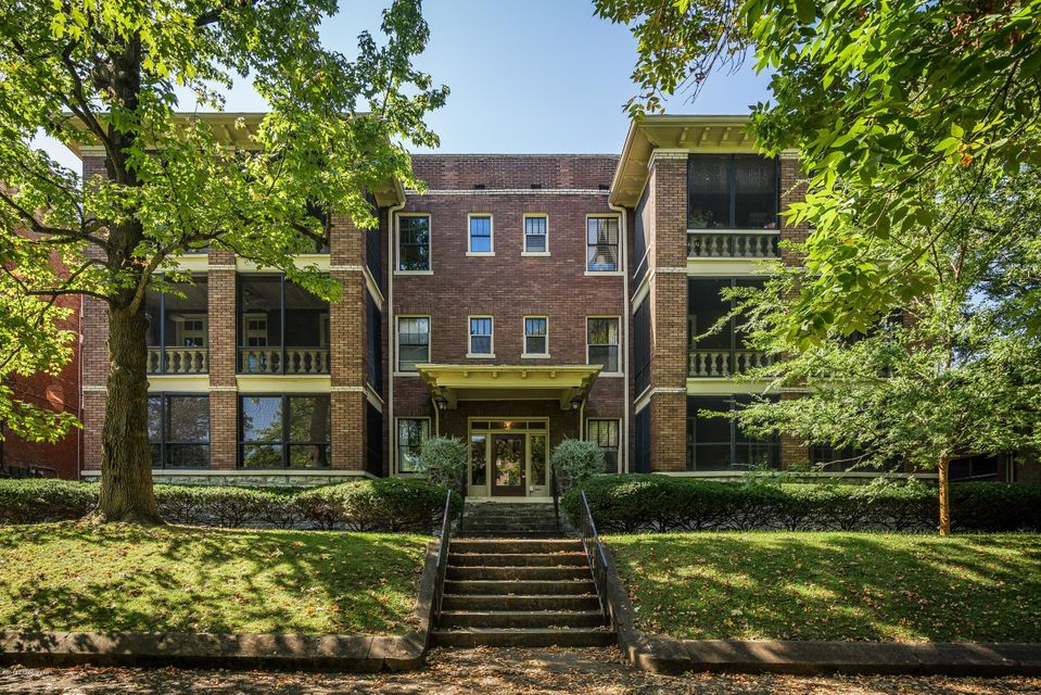 Condominium for Sale at 1048 Cherokee Road 1048 Cherokee Road Louisville, Kentucky 40204 United States