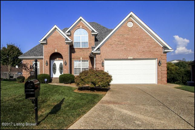 Single Family Home for Sale at 10217 Springhurst Gardens Circle 10217 Springhurst Gardens Circle Louisville, Kentucky 40241 United States