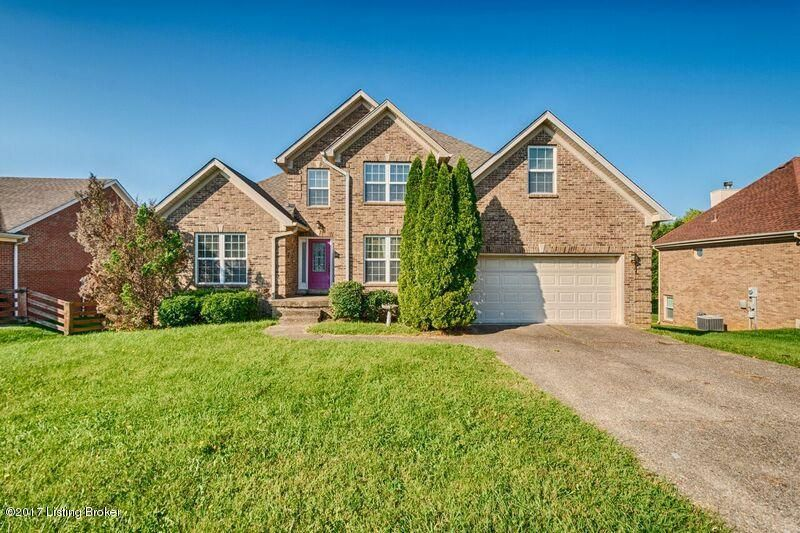 Single Family Home for Sale at 4506 Chenwood Lane 4506 Chenwood Lane Louisville, Kentucky 40299 United States
