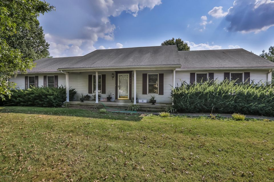 Single Family Home for Sale at 729 Lagrange Road 729 Lagrange Road New Castle, Kentucky 40050 United States