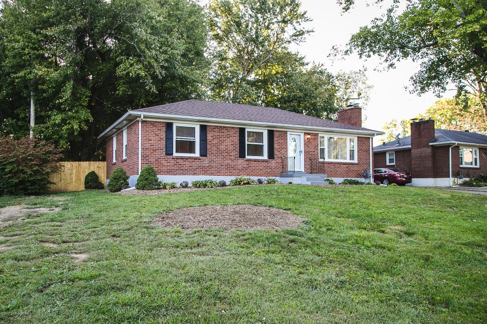 Single Family Home for Sale at 9904 NANKA Road 9904 NANKA Road Louisville, Kentucky 40272 United States