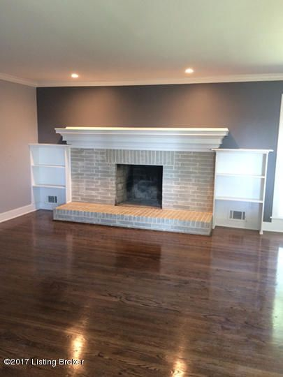 Additional photo for property listing at 566 Centerview Drive 566 Centerview Drive Shepherdsville, Kentucky 40165 United States