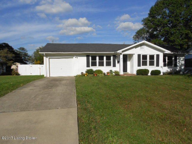 Single Family Home for Sale at 111 Park Lane 111 Park Lane Lawrenceburg, Kentucky 40342 United States