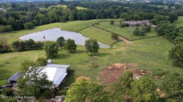 Single Family Home for Sale at 366 Walton Nicholson Road 366 Walton Nicholson Road Walton, Kentucky 41094 United States