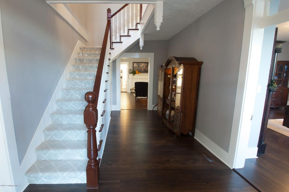 Additional photo for property listing at 636 Old State Road 636 Old State Road Brandenburg, Kentucky 40108 United States
