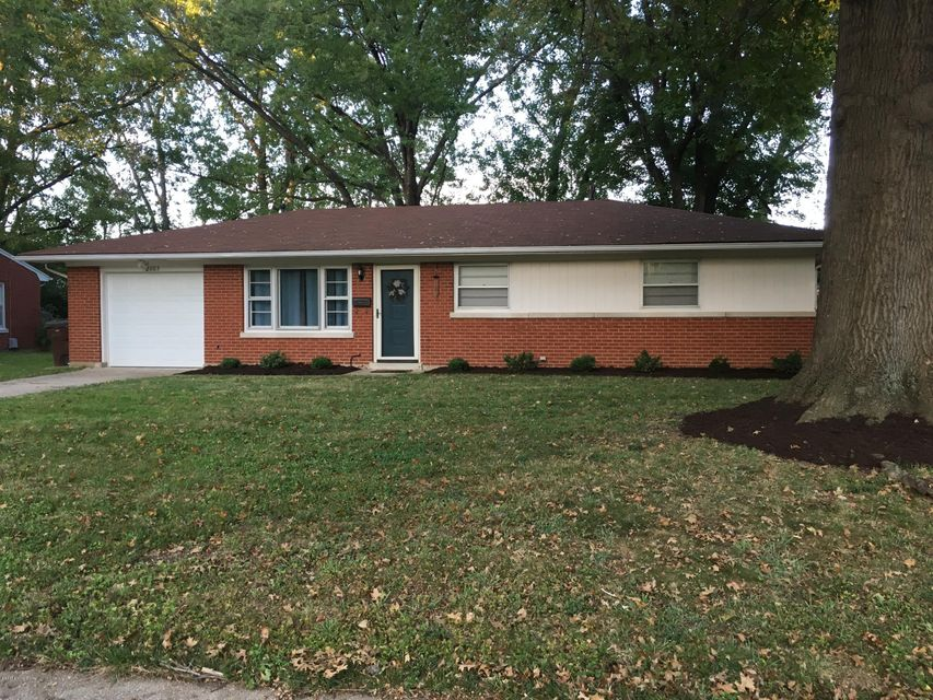 Single Family Home for Sale at 2103 Redleaf Drive 2103 Redleaf Drive Louisville, Kentucky 40242 United States