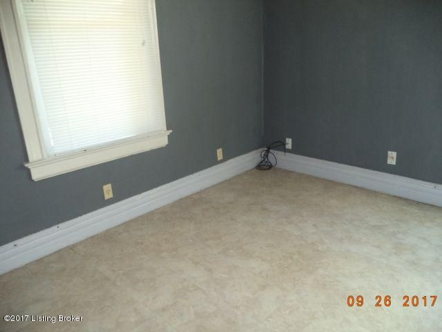 Additional photo for property listing at 1722 Eastern Pkwy 1722 Eastern Pkwy Louisville, Kentucky 40205 United States