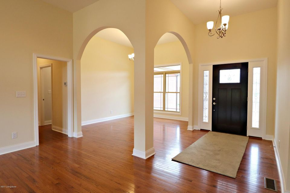Additional photo for property listing at 84 Ravens Wood 84 Ravens Wood Taylorsville, Kentucky 40071 United States