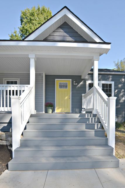 Additional photo for property listing at 145 N Crestmoor Avenue 145 N Crestmoor Avenue Louisville, Kentucky 40206 United States