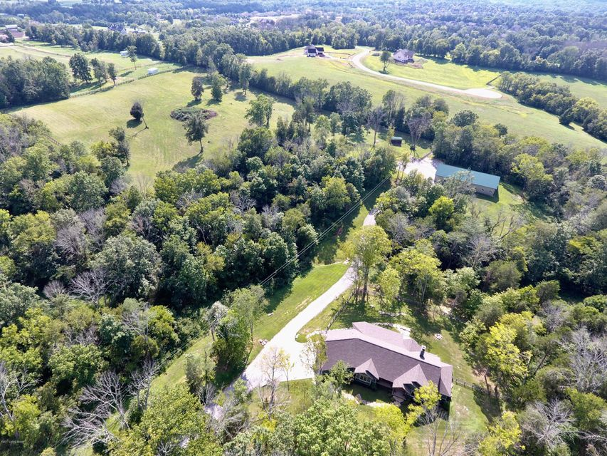 Farm / Ranch / Plantation for Sale at 711 Brooks Lane 711 Brooks Lane Simpsonville, Kentucky 40067 United States