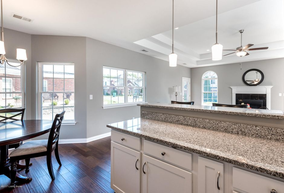 Additional photo for property listing at 10034 Vista Springs Way 10034 Vista Springs Way Louisville, Kentucky 40291 United States