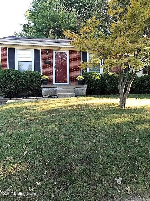 Additional photo for property listing at 9110 Farnham Drive 9110 Farnham Drive Lyndon, Kentucky 40242 United States