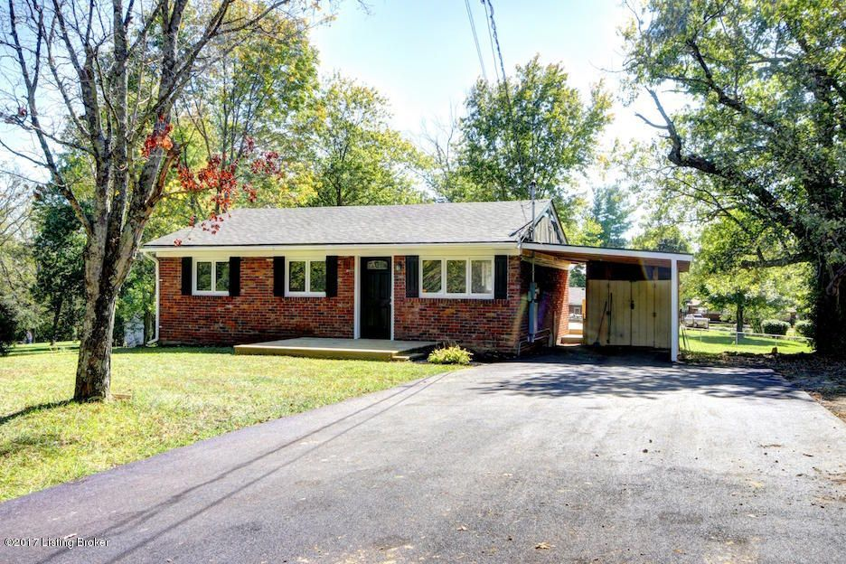 Single Family Home for Sale at 5408 Old Floydsburg Road 5408 Old Floydsburg Road Crestwood, Kentucky 40014 United States