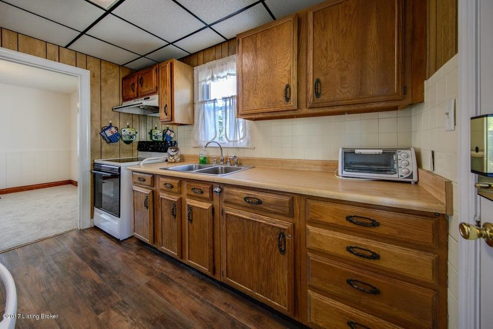 Additional photo for property listing at 505 W Tenny Avenue 505 W Tenny Avenue Louisville, Kentucky 40214 United States