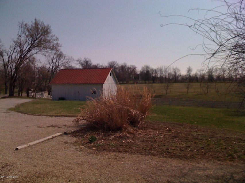Additional photo for property listing at 115 Old Mount Eden Road 115 Old Mount Eden Road Shelbyville, Kentucky 40065 United States