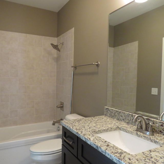 Additional photo for property listing at 15319 Royal Troon Avenue 15319 Royal Troon Avenue Louisville, Kentucky 40245 United States