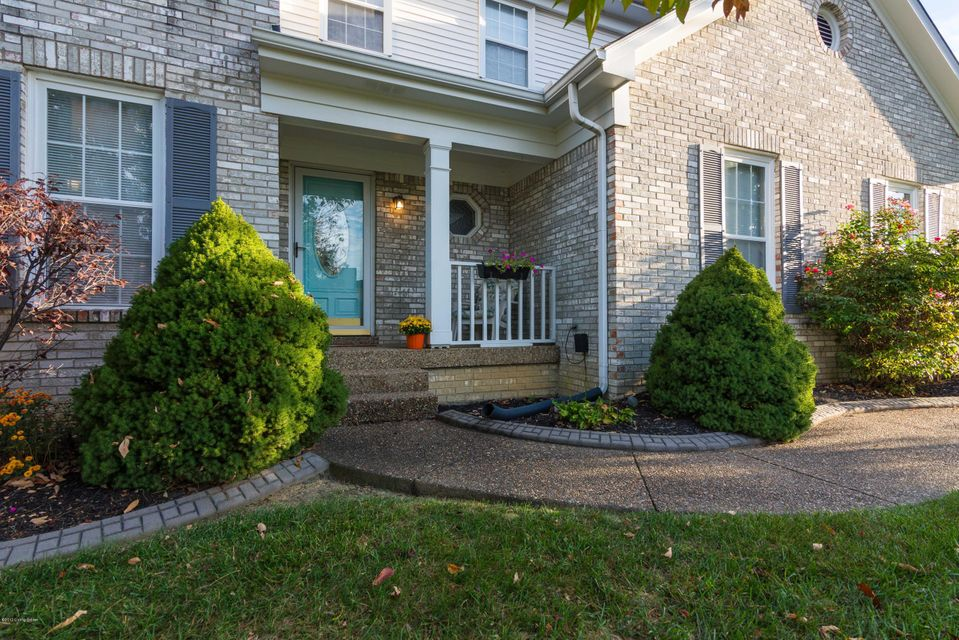 Additional photo for property listing at 8111 Adams Run Road 8111 Adams Run Road Louisville, Kentucky 40228 United States