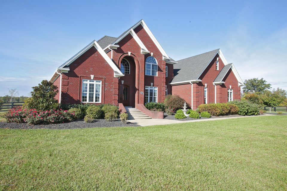 Single Family Home for Sale at 3415 County Road 160 3415 County Road 160 Charlestown, Indiana 47111 United States