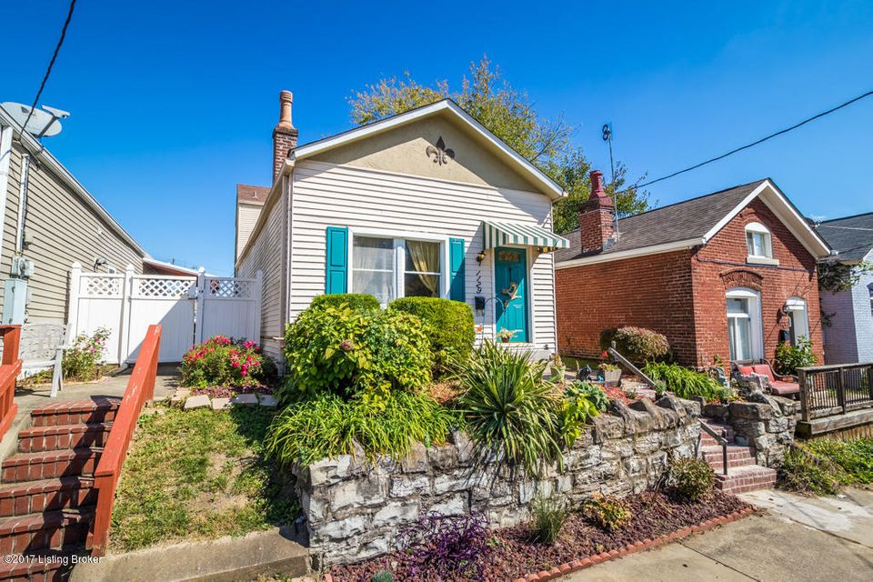 Single Family Home for Sale at 1129 Fischer Avenue 1129 Fischer Avenue Louisville, Kentucky 40204 United States