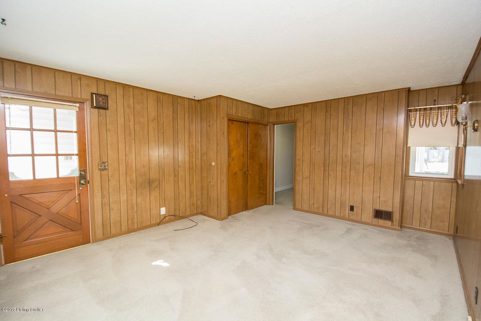 Additional photo for property listing at 1919 Newburg Road 1919 Newburg Road Louisville, Kentucky 40205 United States