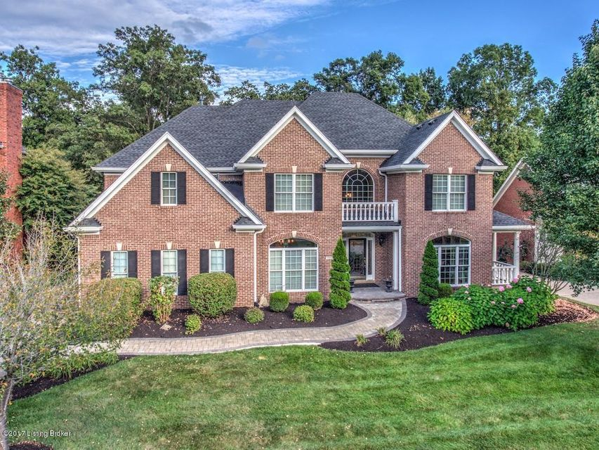 Single Family Home for Sale at 15107 Chestnut Ridge Circle 15107 Chestnut Ridge Circle Louisville, Kentucky 40245 United States