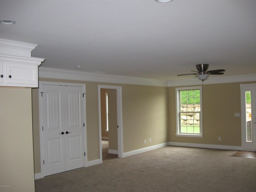 Additional photo for property listing at 103 Treslyn Way 103 Treslyn Way Louisville, Kentucky 40245 United States