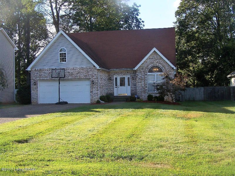 Single Family Home for Sale at 3006 Christiana Woods Court 3006 Christiana Woods Court Jeffersontown, Kentucky 40299 United States