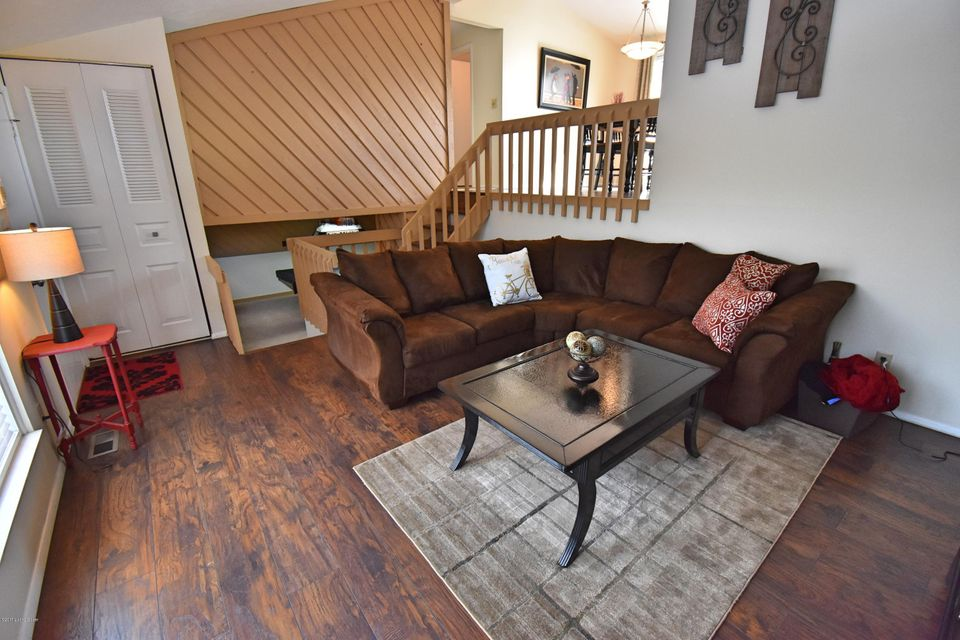 Additional photo for property listing at 3114 Weather Way 3114 Weather Way Louisville, Kentucky 40220 United States