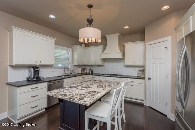 Additional photo for property listing at 3517 Sasse Way 3517 Sasse Way Louisville, Kentucky 40245 United States