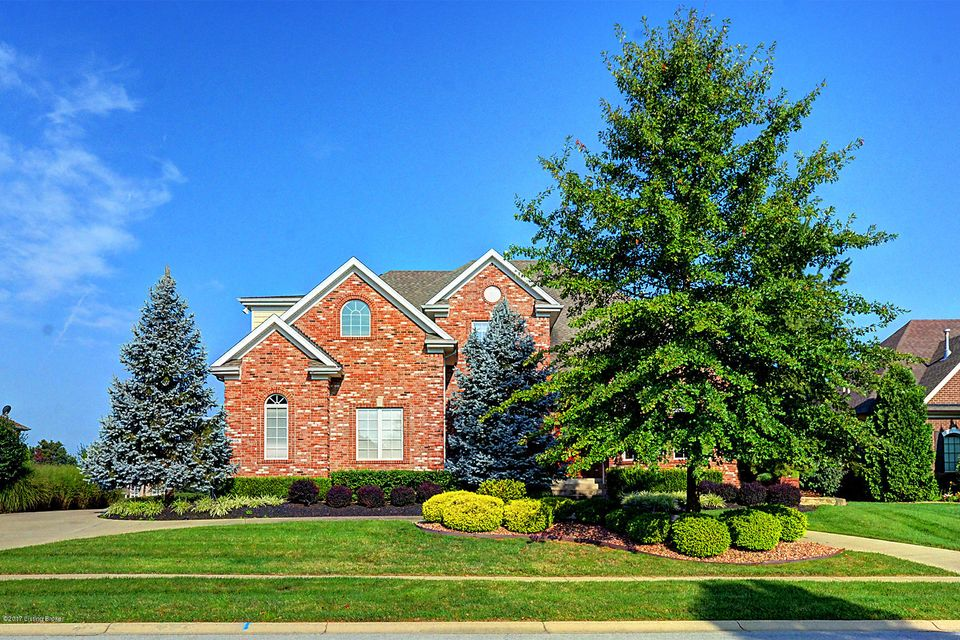 Single Family Home for Sale at 2115 Highland Springs Place 2115 Highland Springs Place Louisville, Kentucky 40245 United States
