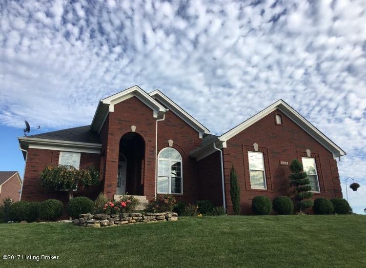 Single Family Home for Sale at 254 Grand Oak Blvd 254 Grand Oak Blvd Louisville, Kentucky 40229 United States