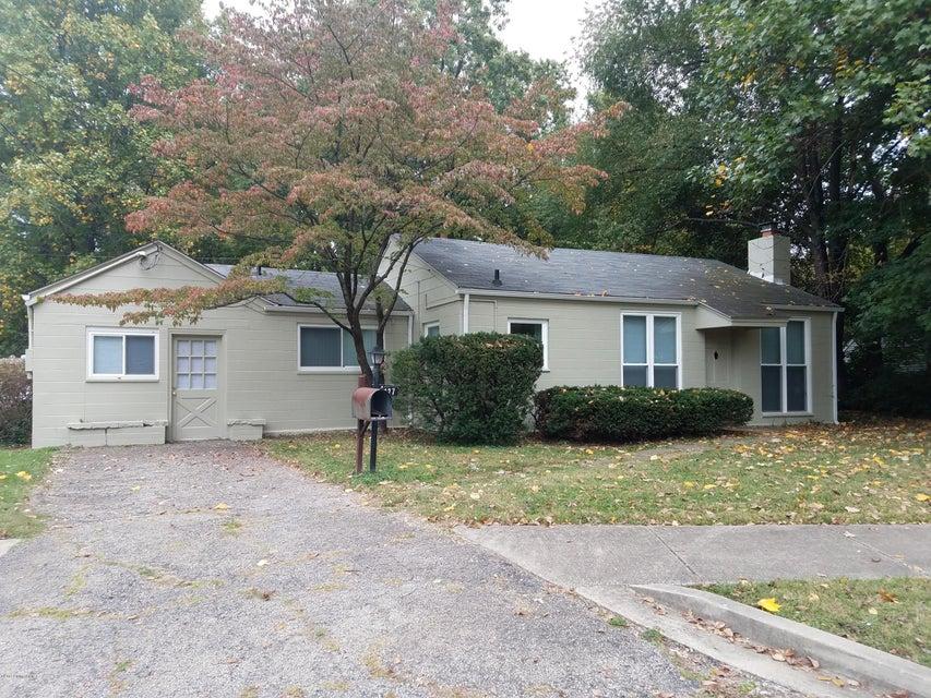 Single Family Home for Sale at 127 Lyndon Lane 127 Lyndon Lane Lyndon, Kentucky 40222 United States