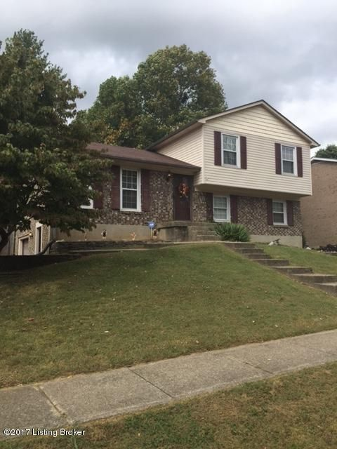 Additional photo for property listing at 8422 Roseborough Road 8422 Roseborough Road Louisville, Kentucky 40228 United States