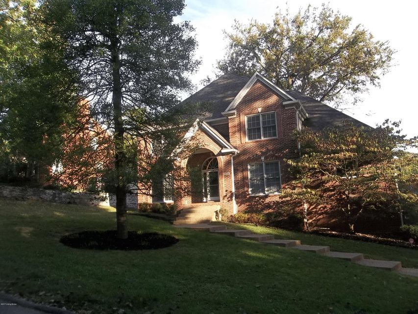 Single Family Home for Sale at 2438 Ashwood Drive 2438 Ashwood Drive Louisville, Kentucky 40205 United States