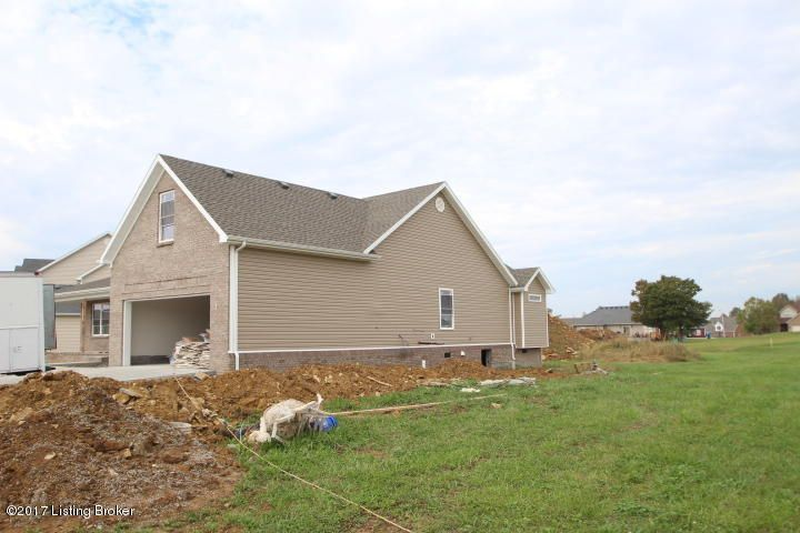 Additional photo for property listing at 1085 Harbour Lane 1085 Harbour Lane Lawrenceburg, Kentucky 40342 United States
