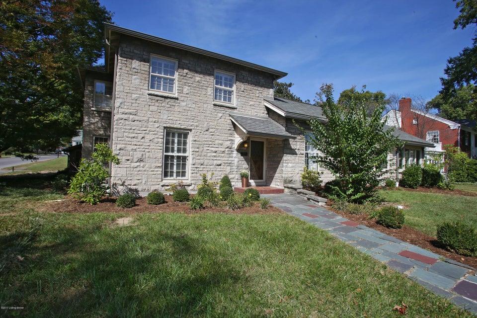Single Family Home for Sale at 2501 Glenwood Park 2501 Glenwood Park New Albany, Indiana 47150 United States