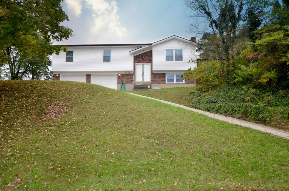 Single Family Home for Sale at 2713 Windsor Forest Drive 2713 Windsor Forest Drive Louisville, Kentucky 40272 United States