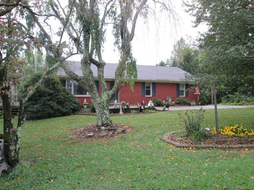 Single Family Home for Sale at 6406 Shrader Lane 6406 Shrader Lane La Grange, Kentucky 40031 United States