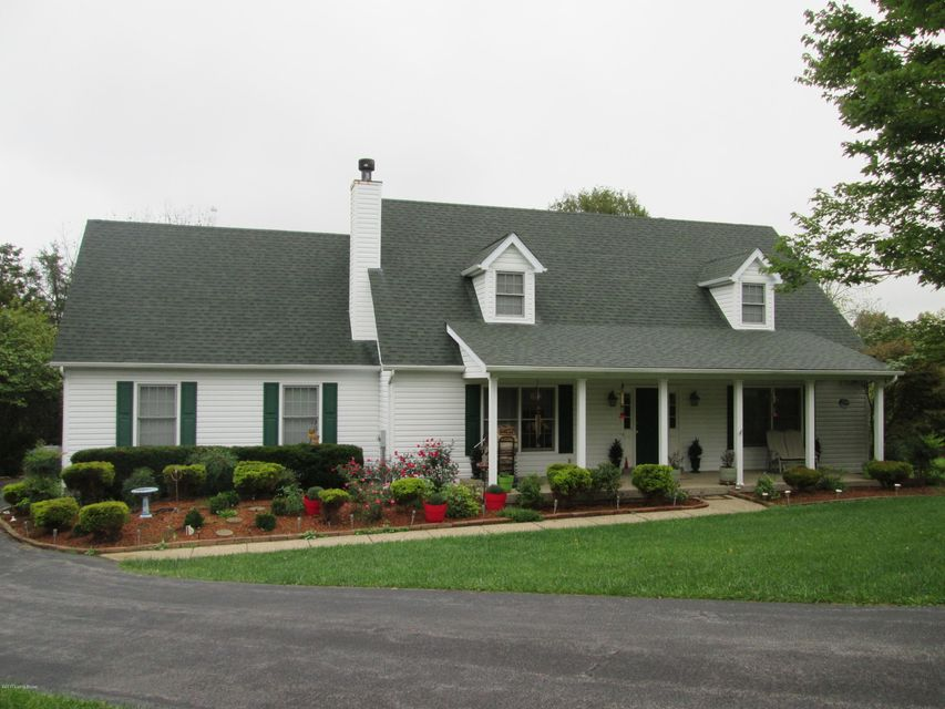 Single Family Home for Sale at 2210 Meadowbrook Drive 2210 Meadowbrook Drive La Grange, Kentucky 40031 United States