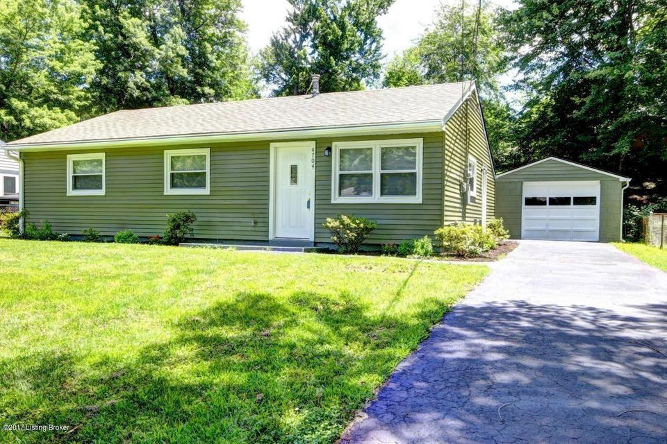 Single Family Home for Rent at 4704 Andalusia Lane 4704 Andalusia Lane Louisville, Kentucky 40272 United States