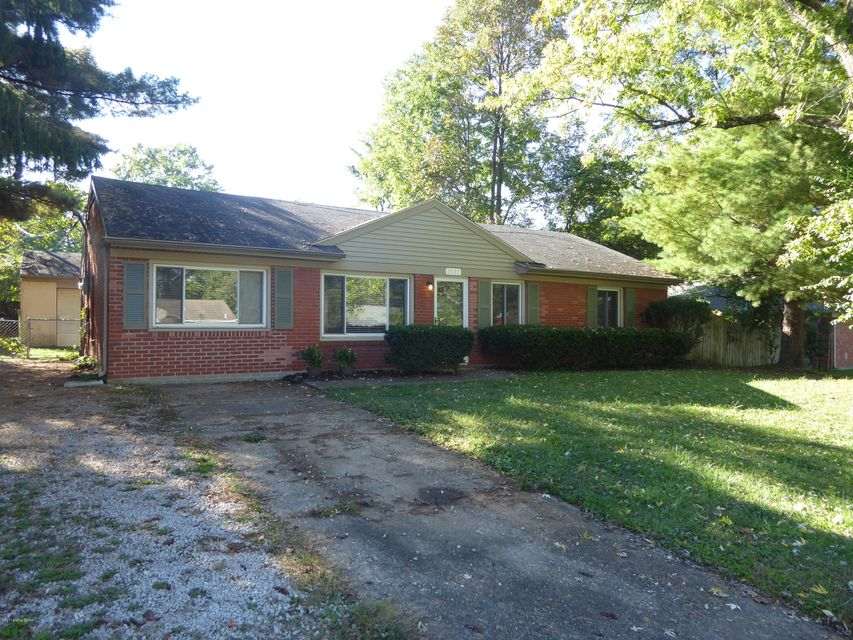 Single Family Home for Sale at 2122 Dogoon Drive 2122 Dogoon Drive Louisville, Kentucky 40223 United States