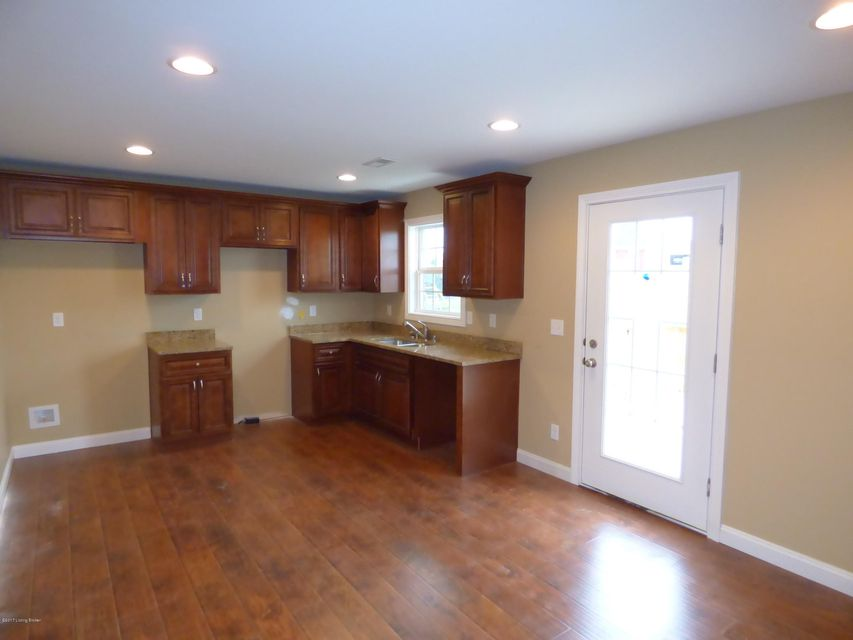 Additional photo for property listing at 217 Sycamore Drive 217 Sycamore Drive Taylorsville, Kentucky 40071 United States
